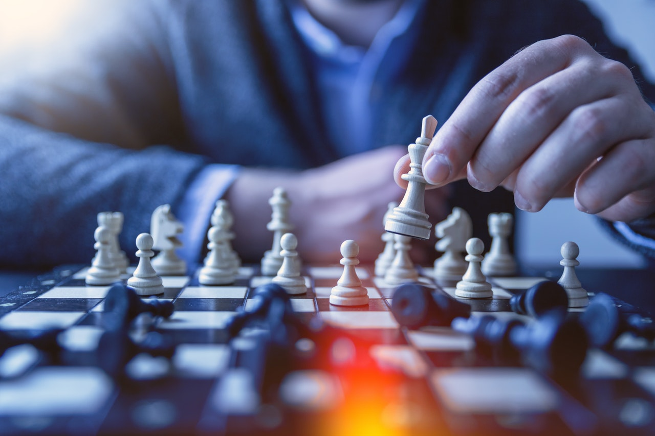 person-s-playing-chess-1040157